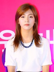 [Photo] f(x) Luna looking more matured