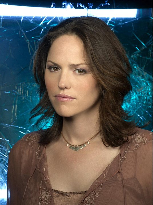 Jorja Fox stars as Sara Sidle in the CBS series CSI: Crime Scene Investigation  .