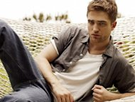 "Robert Pattinson to ""Hold On To Me"""