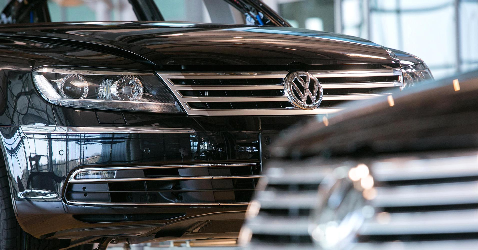 Volkswagen to slash investment by $1.1B per year