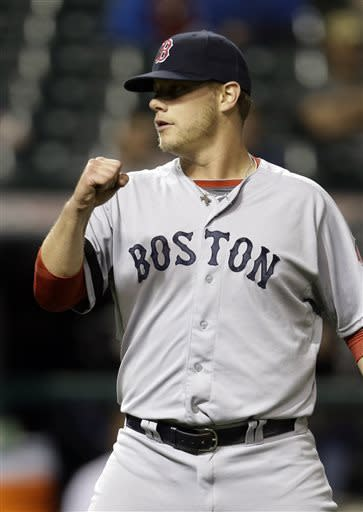 Lester pitches Red Sox to 6th straight win, 6-3