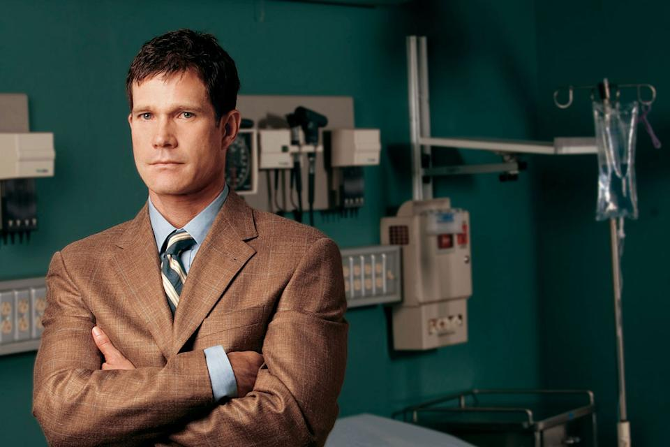 Dylan Walsh stars as Sean McNamara in Nip/Tuck on FX.