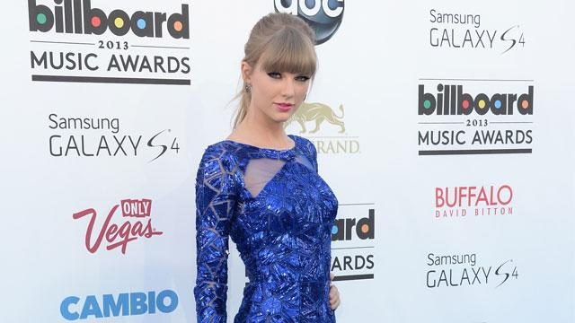 Swift Sweeps the 2013 Billboard Music Awards