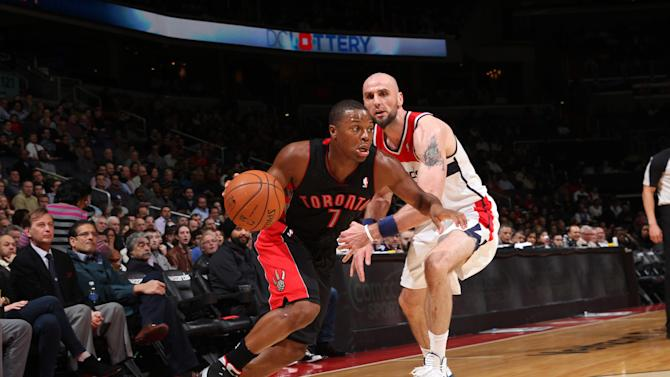 Lowry scores 24, Raptors defeat Wizards 103-93