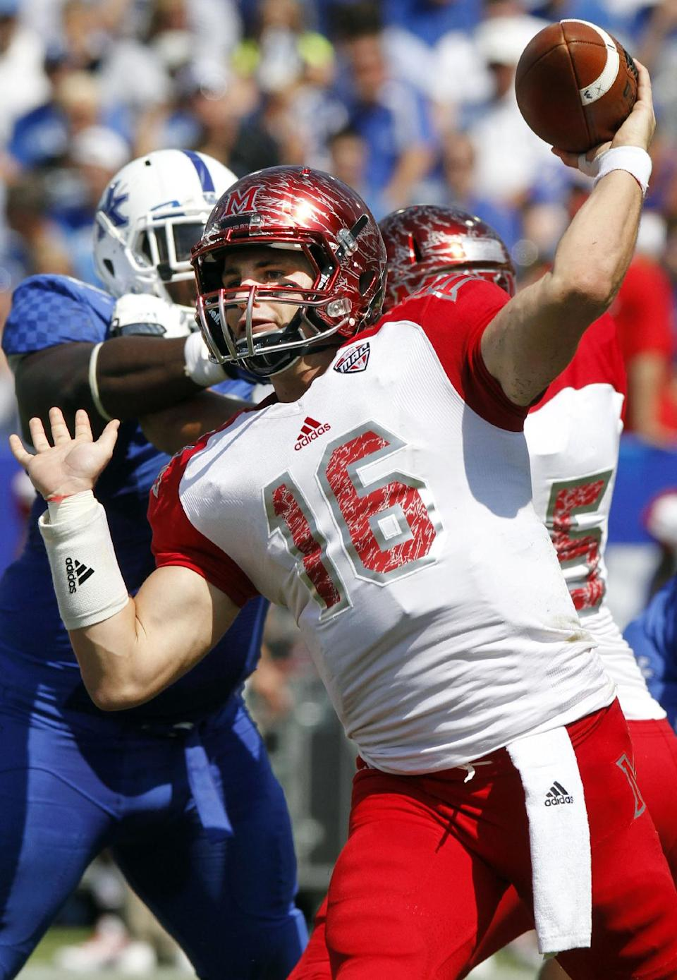 Kentucky blows out Miami (Ohio) 41-7