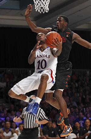 No. 2 Kansas survives, tops UTEP 67-63 in Bahamas
