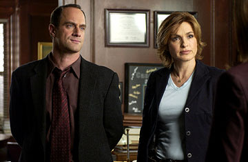 Christopher Meloni as Detective Elliot Stabler and Mariska Hargitay as Detective Olivia Benson