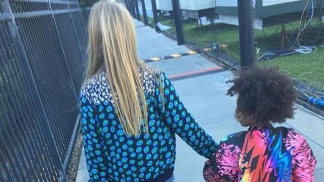 Gwyneth Paltrow Instagrams Adorable Apple and Blue Ivy Photo: See How Sweet They Look!