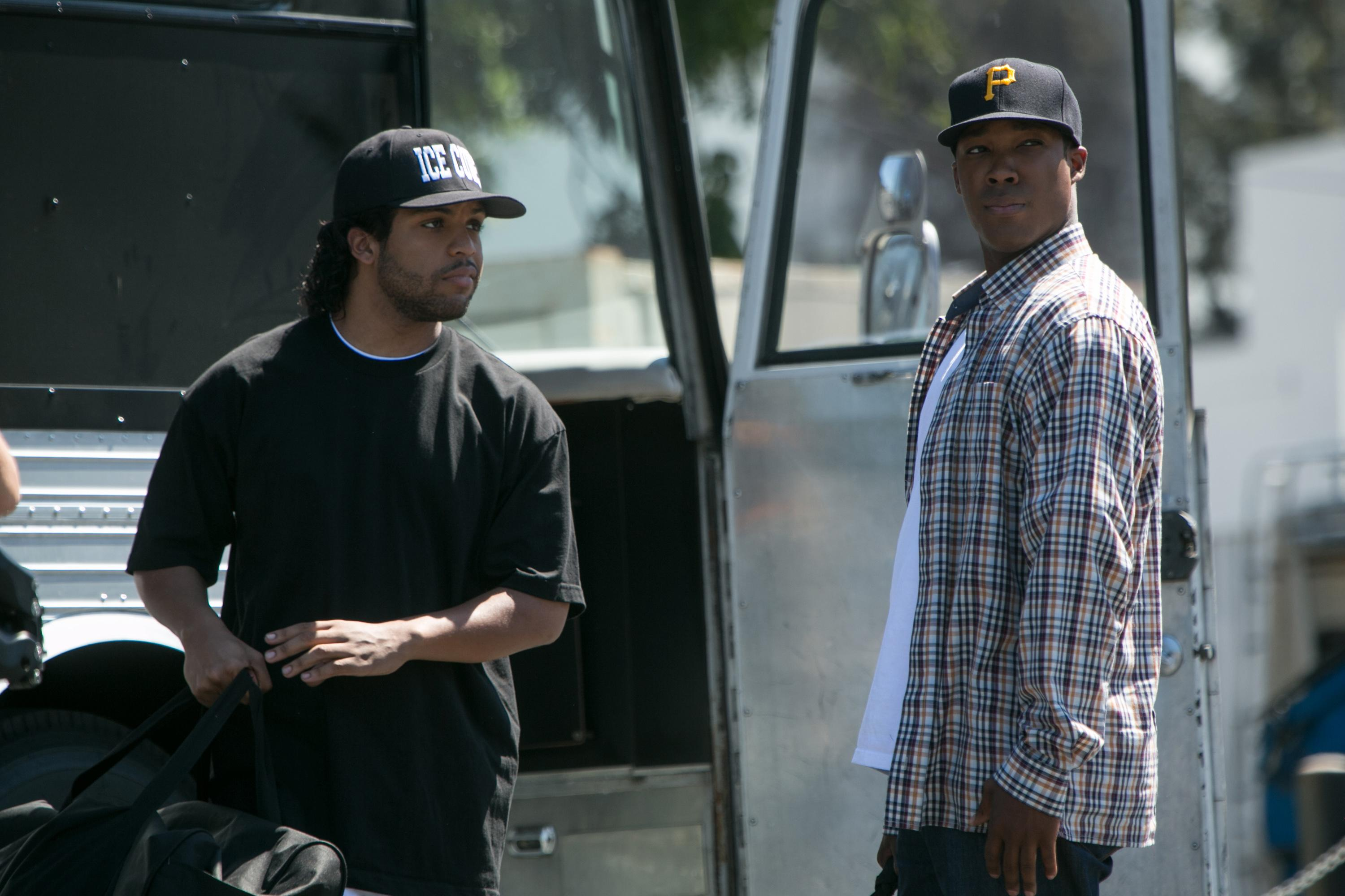 Box Office Top 20: 'Compton' dominates, Efron movie flops
