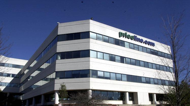 Priceline stock flirts with historic $1,000 mark