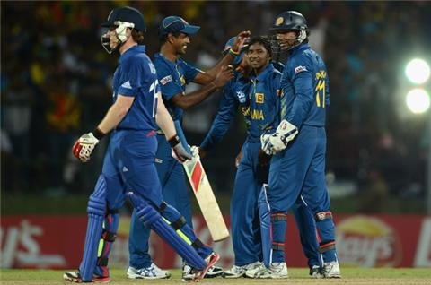 Sri Lanka knock out England