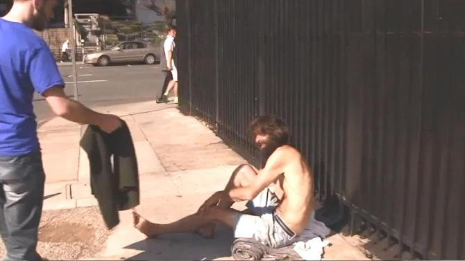 Man takes Abercrombie protest to Skid Row