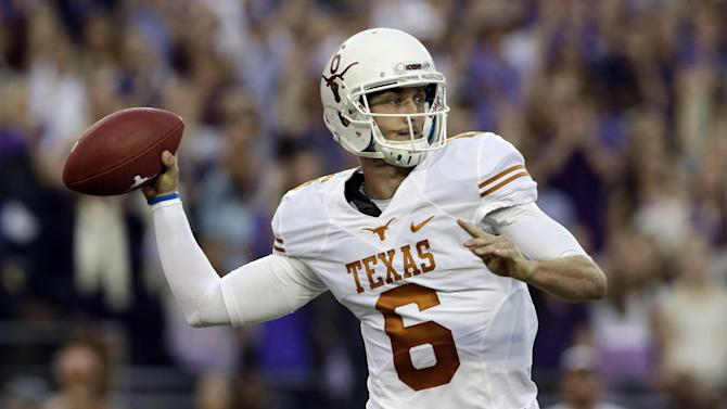 Texas wins 30-7 at TCU in game delayed 3 hours