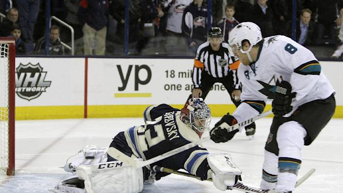 Marleau scores twice, Sharks beat Blue Jackets