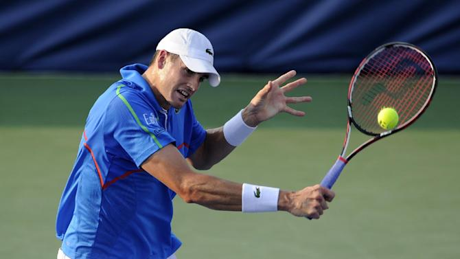 Isner loses to Dodig in Rogers Cup