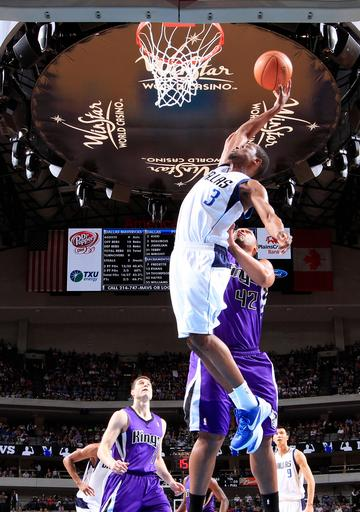 Mavs gets much-needed win, 110-100 over Kings