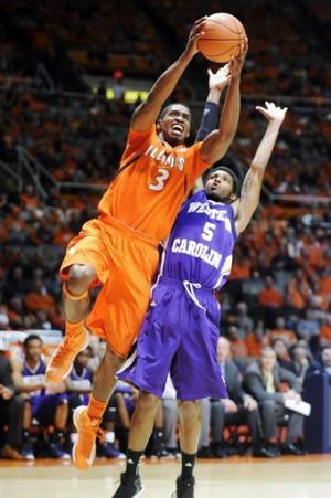 No. 13 Illinois edges Western Carolina 72-64