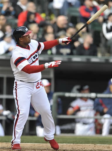 Viciedo homers in 10th, White Sox beat Mariners
