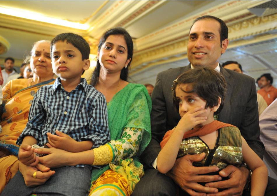 000 Del6143091 jpg 130956 - Top Cricket Photos of 2012