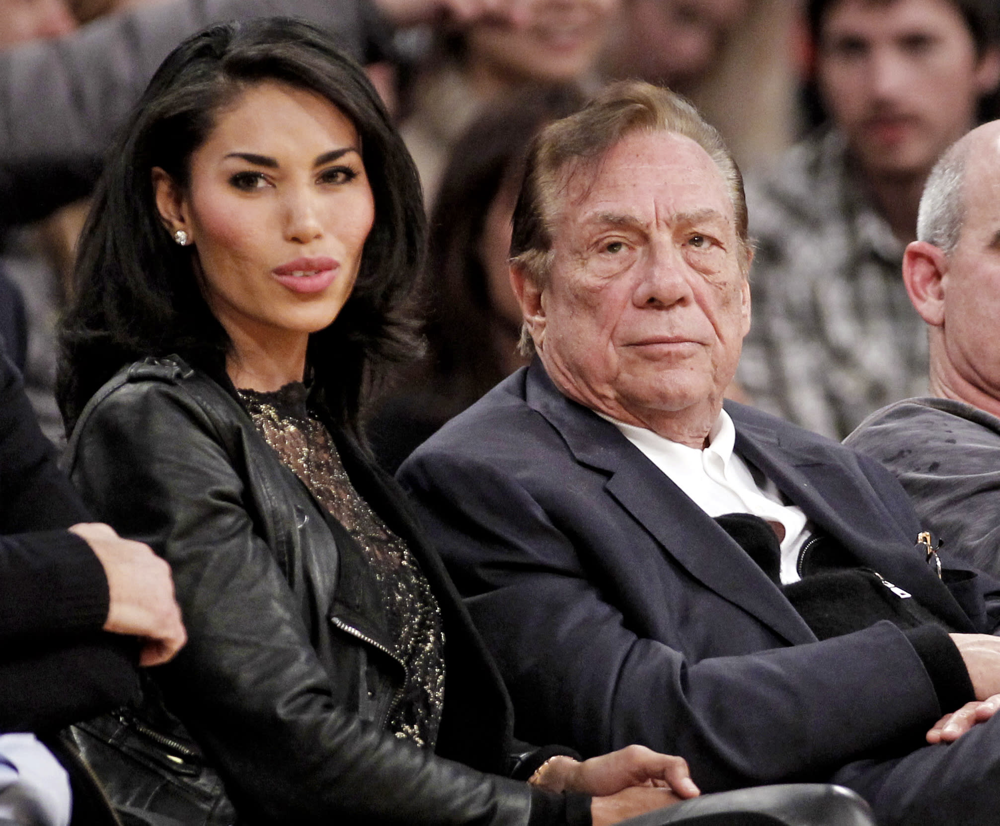 Gift returns: Sterling wife wants house, $1 million