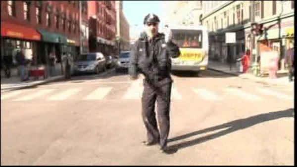 Dancing cop stops traffic in Rhode Island