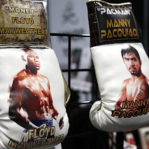 Manny Pacquiao says fight with Floyd Mayweather 'has a chance' to happen