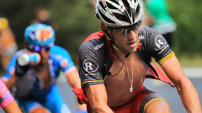 FILE: Lance Armstrong Not Charged With Using PEDs