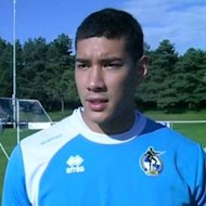Neil Etheridge Dipastikan Bela Filipina