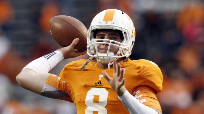Tennessee quarterback Tyler Bray (8) warms up before an NCAA college football game against Alabama, Saturday, Oct. 20, 2012, in Knoxville, Tenn. (AP Photo/Wade Payne)
