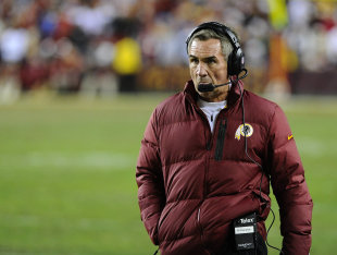 The NFL world is second-guessing Mike Shanahan. (USA Today)