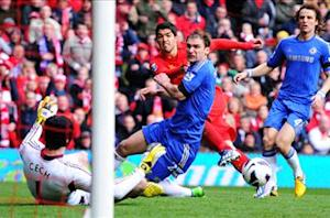 Ban could force Suarez out, fears Houghton