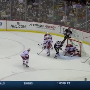 Mike Smith Save on Patric Hornqvist (11:06/1st)