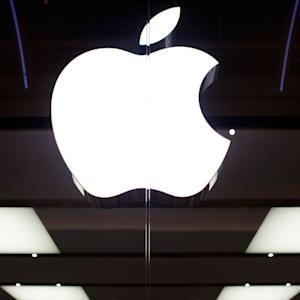 Apple to Take Softer Approach as Patent War With Samsung Wages On