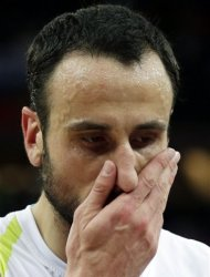 Argentina&#39;s Manu Ginobili reacts after the men&#39;s bronze medal basketball game against Russia at the 2012 Summer Olympics, Sunday, Aug. 12, 2012, in London. Russia won 81-77. (AP Photo/Charles Krupa)