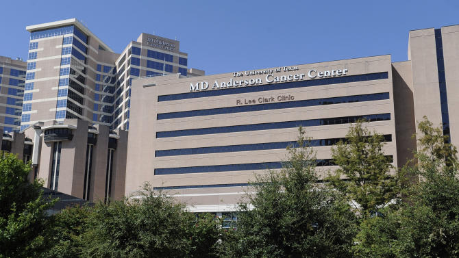 "This Thursday, Sept. 20, 2012 photo shows buildings of The University of Texas MD Anderson Cancer Center in Houston. The nation's largest cancer center is launching a massive ""moonshot"" effort against eight specific forms of the disease, similar to the all-out push for space exploration 50 years ago. The University of Texas MD Anderson Cancer Center in Houston expects to spend as much as $3 billion on the project over the next 10 years and already has ""tens of millions"" of dollars in gifts to jump start it now, said its president, Dr. Ronald DePinho. (AP Photo/Pat Sullivan)"