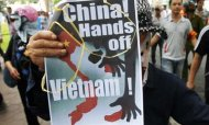Asian Nations Discuss South China Sea Tensions