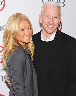 "Kelly Ripa On Dream Cohost Anderson Cooper: ""I Worship Him!"""