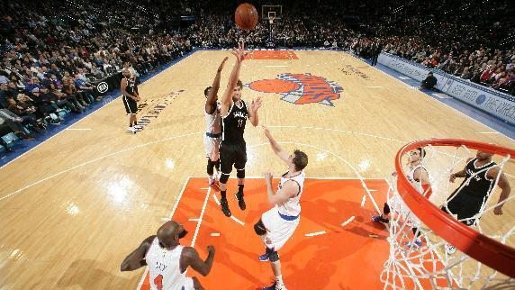 Nets edge Knicks on Lopez's tip, tie for 7th place in East