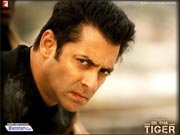 Salman brings keffiah and gamcha in vogue with EK THA TIGER