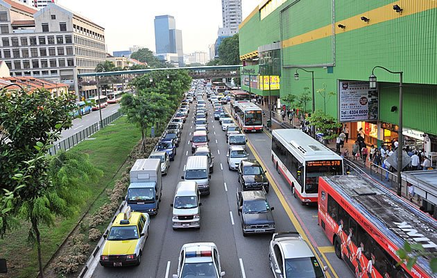 Latest COE prices for cars end mixed. (Yahoo! file photo)