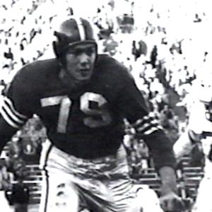 Hall of Fame offensive tackle Bob St. Clair dies at 84