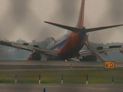Passenger: Nose Gear Collapse 'Humongous Jolt'