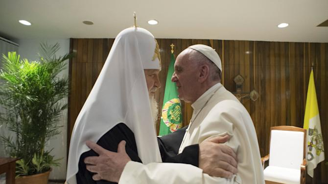 Pope Francis embraces Russian Orthodox Patriarch Kirill at the Jose Marti International airport in Havana