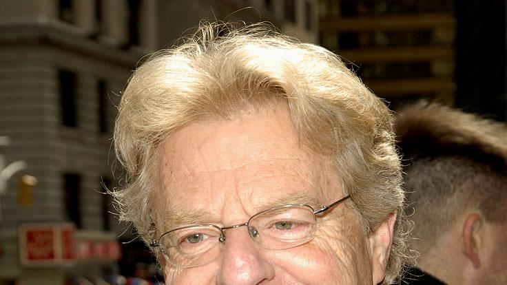 Jerry Springer Dedicates Sandwich to Carnegie Deli.