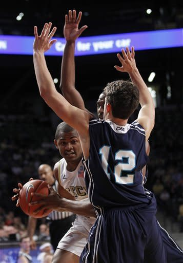 Carter, Georgia Tech beat UNC Wilmington 73-66