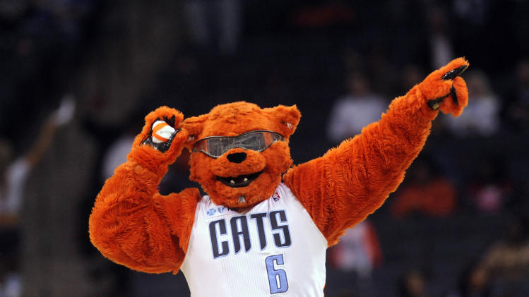 The 10-man rotation, starring the Charlotte Bobcats, saving the…