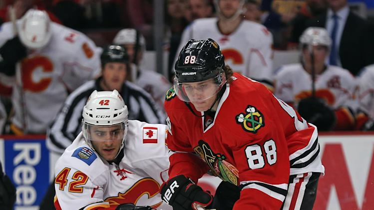 Calgary Flames v Chicago Blackhawks