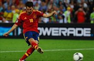 TEAM NEWS: Fabregas starts in false nine role for Spain in Italy showdown
