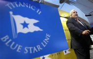 Australian billionaire Clive Palmer speaks at a news conference to announce plans for the building of his cruise ship Titanic II under the Blue Star Line in New York, February 26, 2013. According to Palmer, Titanic II, which will be a modern close replica of the original HMS Titanic which sank on her maiden voyage in the North Atlantic ocean on April 15, 1912, killing more than 1500 passengers and crew, will be privately funded and built at the CSC Jingling Shipyard in China, with her maiden voyage being from Southampton England to New York in late 2016. REUTERS/Mike Segar