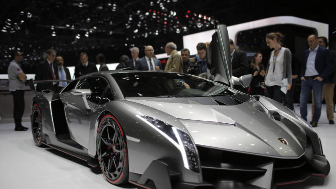 Lamborghini unveils $3.9 million car _ all 3 sold
